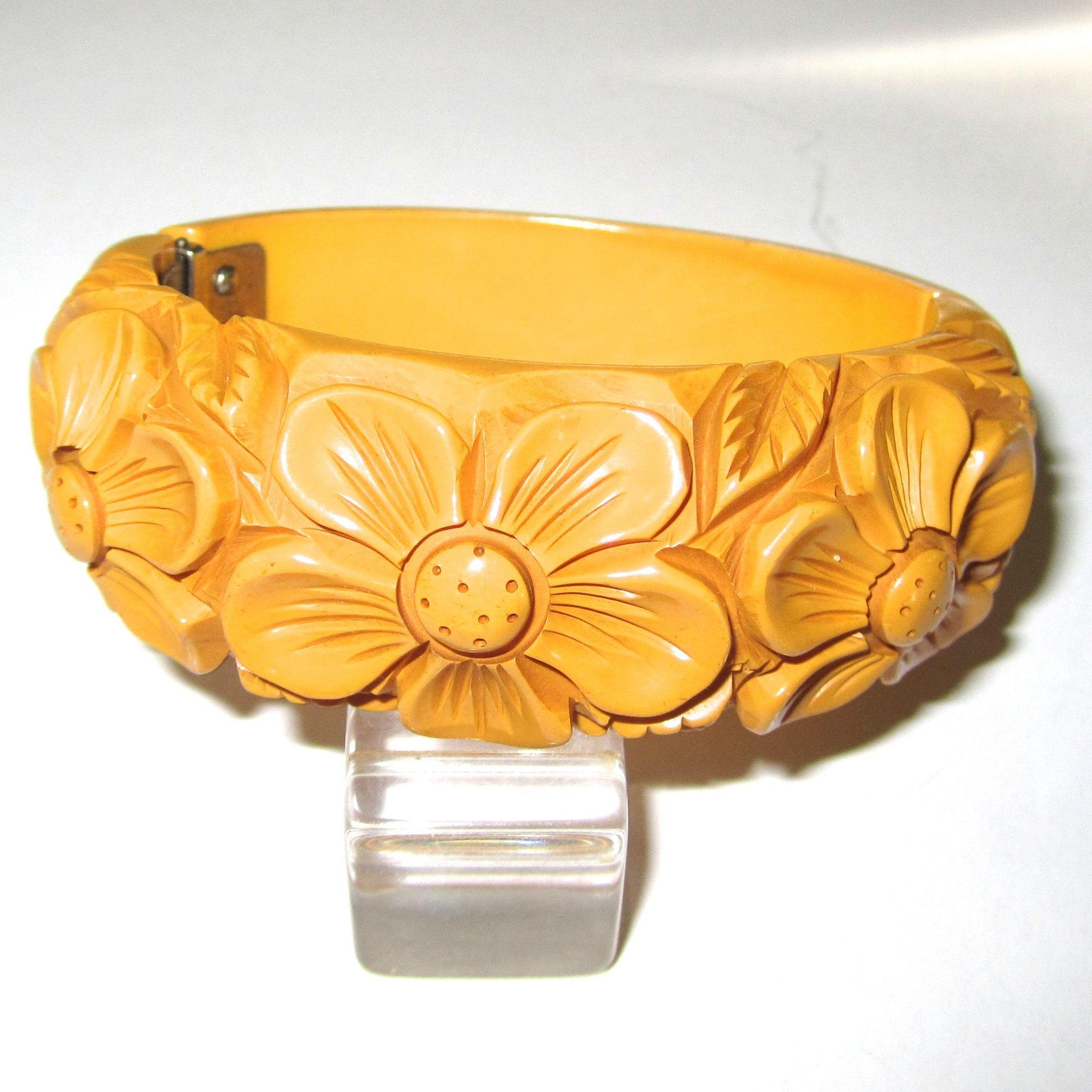 Heavily Deeply Carved Dark Cream Bakelite Hinge Bracelet Clamper