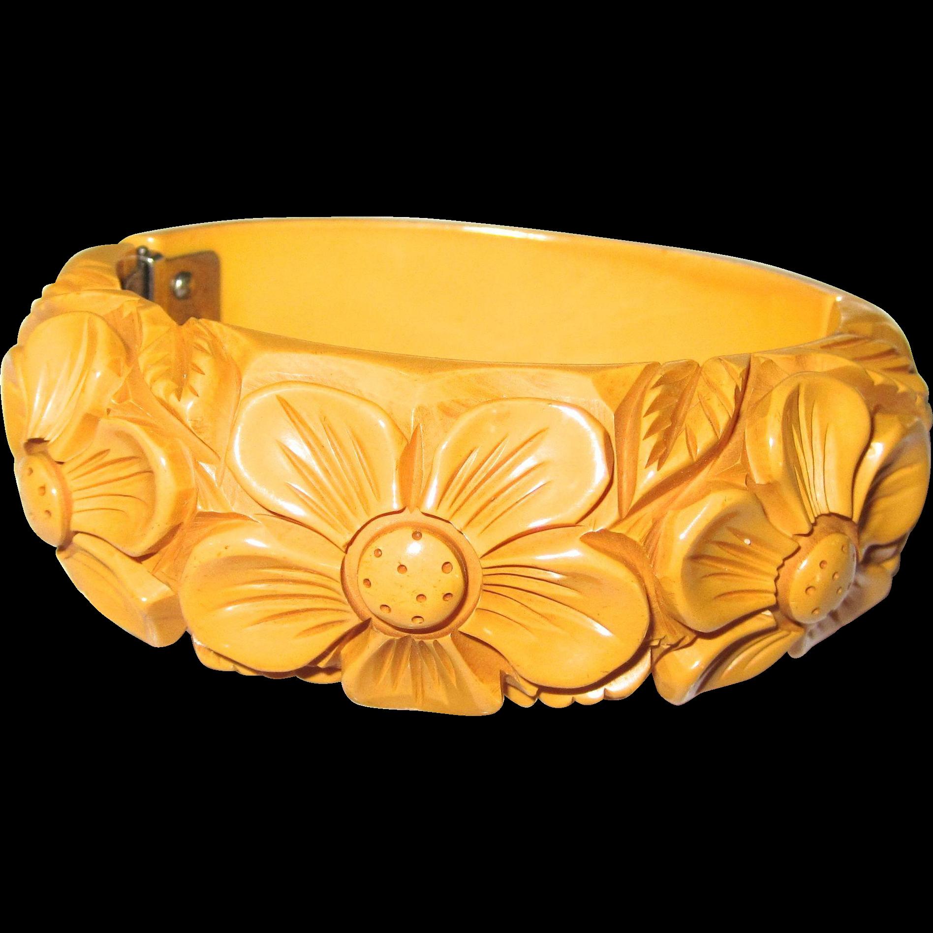 Heavily Deeply Carved Dark Cream Bakelite Hinge Bracelet Clamper