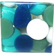 Mod Vintage Lucite Ring with Green and Blue Dot Inclusions Size 7.5