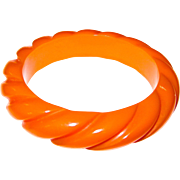Butterscotch Rope Carved Bakelite Bangle Bracelet