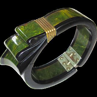 Classic Ribbon Carved and Laminated Bakelite Hinge Bracelet