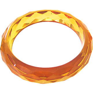 Transparent Golden Apple Juice Bakelite Faceted Bakelite Bangle Bracelet