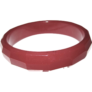 Deep Red Vintage Faceted Bakelite Bangle Bracelet