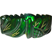 Unusual Transparent Emerald Ink Spot Daisy Carved Bakelite Bangle Bracelet