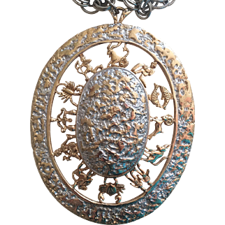 Vintage 1960s medallion zodiac necklace by  Schrager