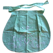 Vintage cotton embroidered hostess apron from Mexico