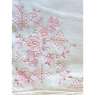 Vintage white pure cotton handkerchief with pink applique