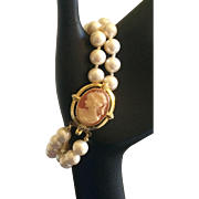 Vintage 1980s Erwin Pearl double string faux pearl and cameo bracelet