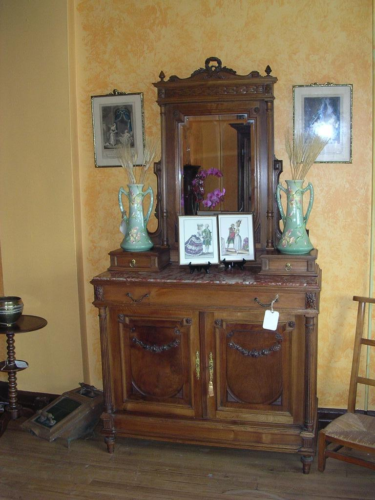 Louis XVI style commode.chest of drawers