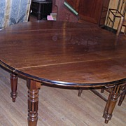 Louis Philippe Round Table