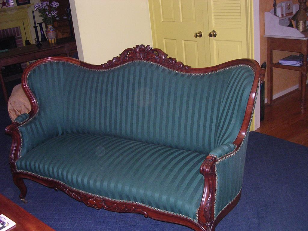Louis Philippe Settee
