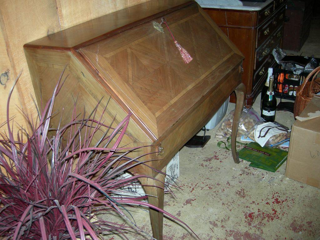 Louis XV Style drop Leaf Desk/Bureau