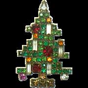 Vintage Weiss Christmas Tree Rhinestone Brooch