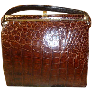 A Vintage Natural Alligator Handbag
