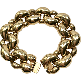Signed Ciner Gold Tone Chain Bracelet