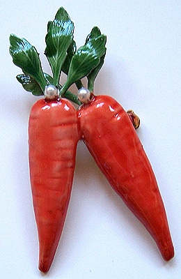 Robert Original Enamel Carrots Vegetable Pin