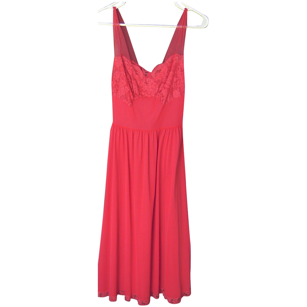 Vintage Vanity Fair Nightgown 114