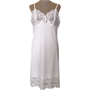 Vintage White Slip with 5 inch Lace