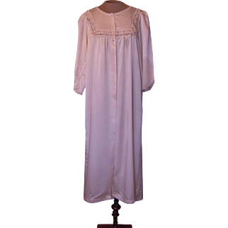 Light Pink Barbizon Robe with Lace in the Front