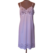 Vintage Off-White Vanity Fair Slip with 5  inch Lace and Applique