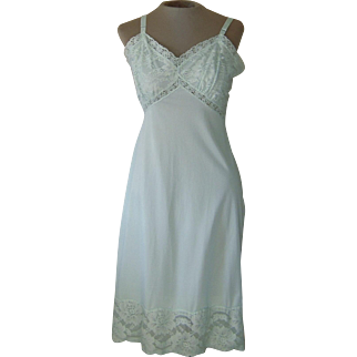 Vintage Light Mint Green Slip with 5 Inch Lace