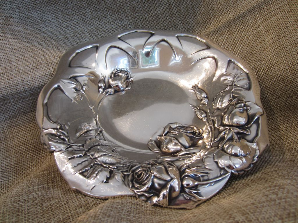 Sterling Silver Art Nouveau Roses Motif Small Bowl