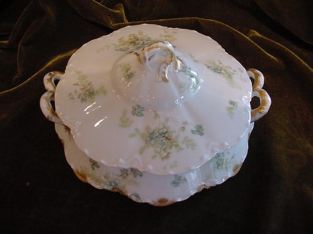 Haviland Limoges Covered Vegetable Dish