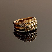 Antique 18K Gold Ring with Floral Braid