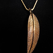 Vintage Solid 14k Leaf Necklace