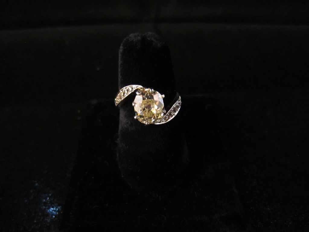 1.68 ct Old Mine Cut Diamond Bypass Ring