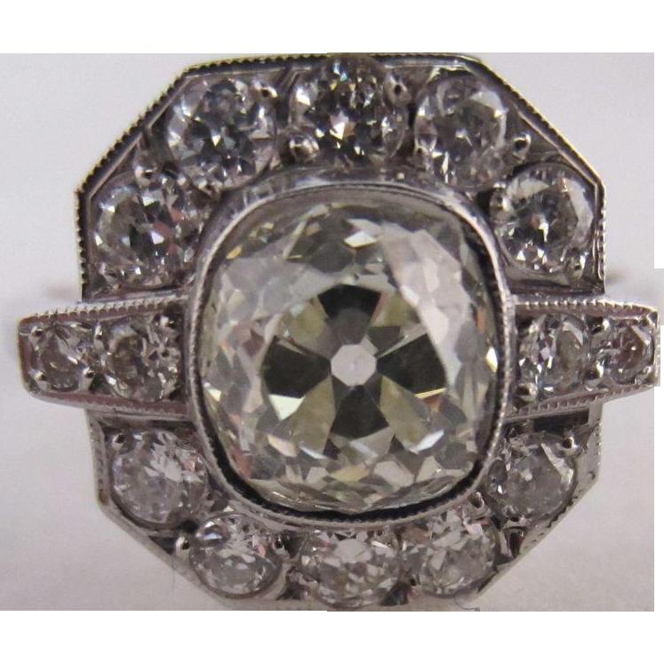Art Deco 18k White Gold and 1.51 ct Diamond Ring