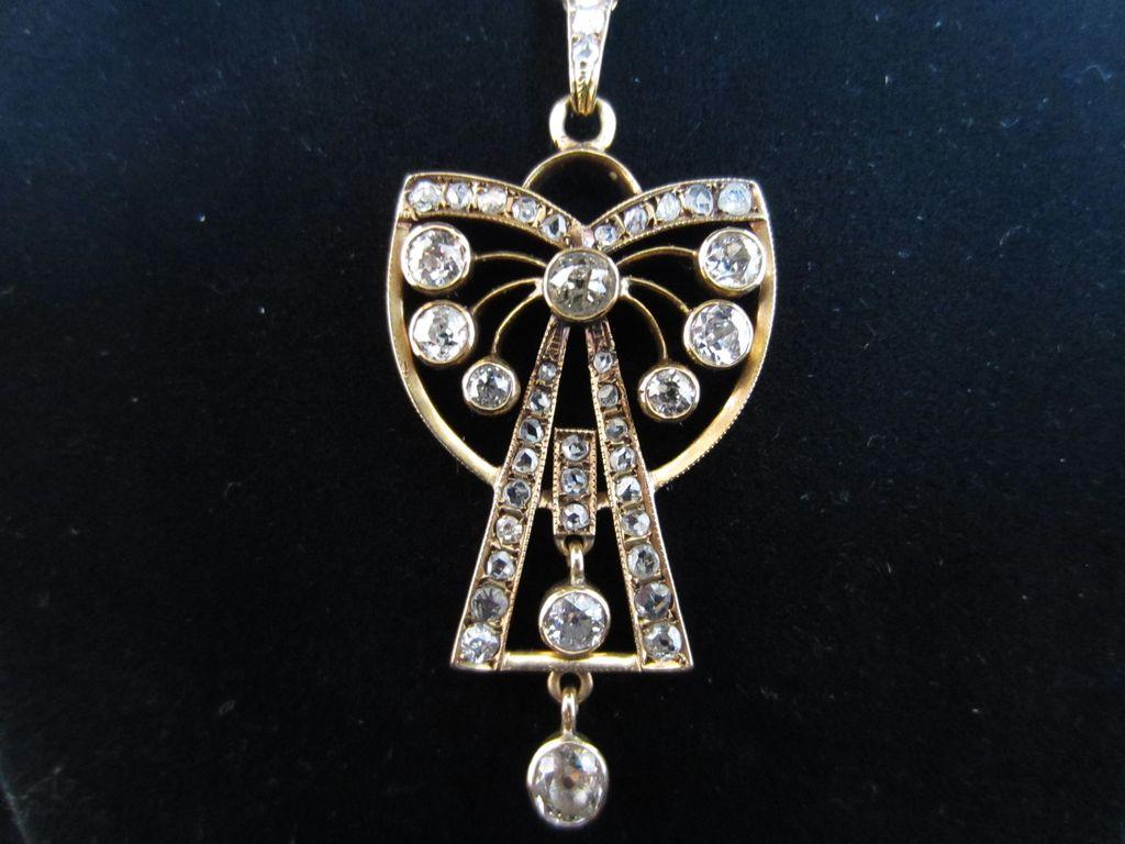 18k Gold and Diamond Pendant