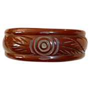 Art Deco Carved Red Brown Bakelite Bangle Bracelet