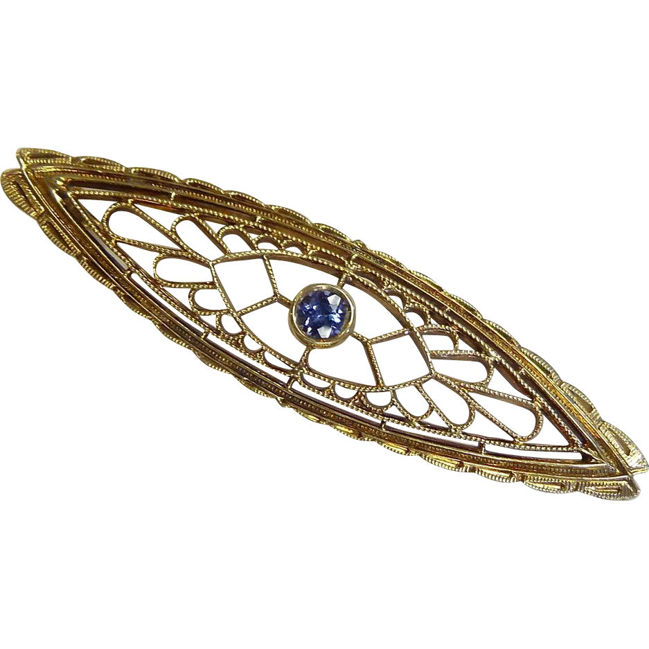 Art Deco 14k Yellow Gold Filigree Bar Pin w Sapphire