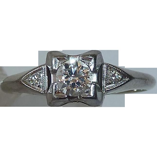 Art Deco 18k White Gold Diamond Ring c1930s
