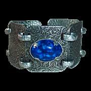 Pressed Aluminum Wide Foliate Link Bracelet Blue Cab
