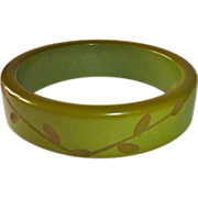 Bakelite Olive Green Carved Bangle Bracelet