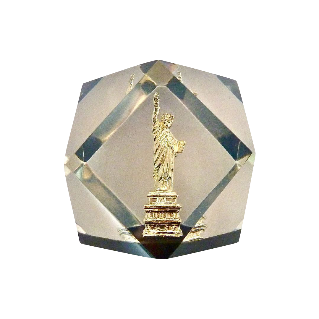 NY Statue of Liberty 1950s Lucite Paperweight