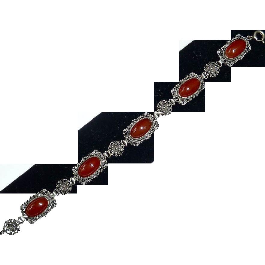 Italian 800 Silver Fine Filigree & Carnelian Bracelet