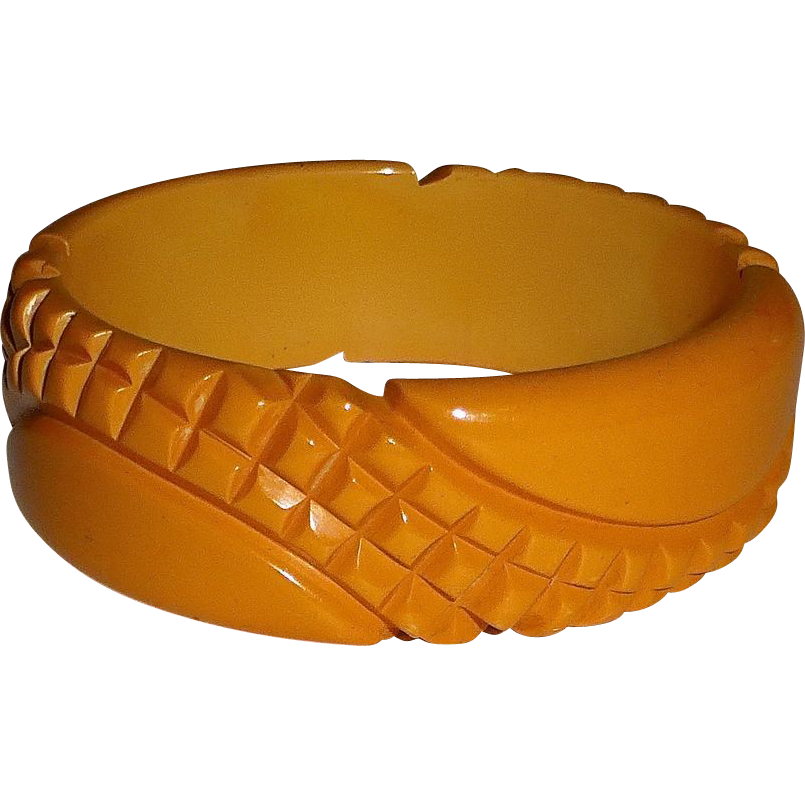 Heavily Carved Pineapple Texture Bakelite Bangle Bracelet