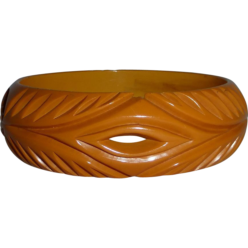 Bakelite Carved & Pierced Butterscotch Bangle Bracelet