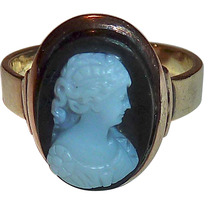 Antique 14k Rose Gold Black & White Hard Stone Cameo Ring