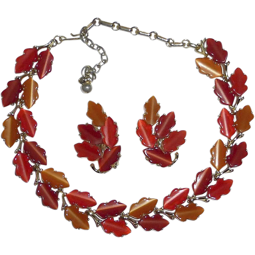Lisner Gold Tone Thermoplastic Autumn Leaves Necklace & Earrings