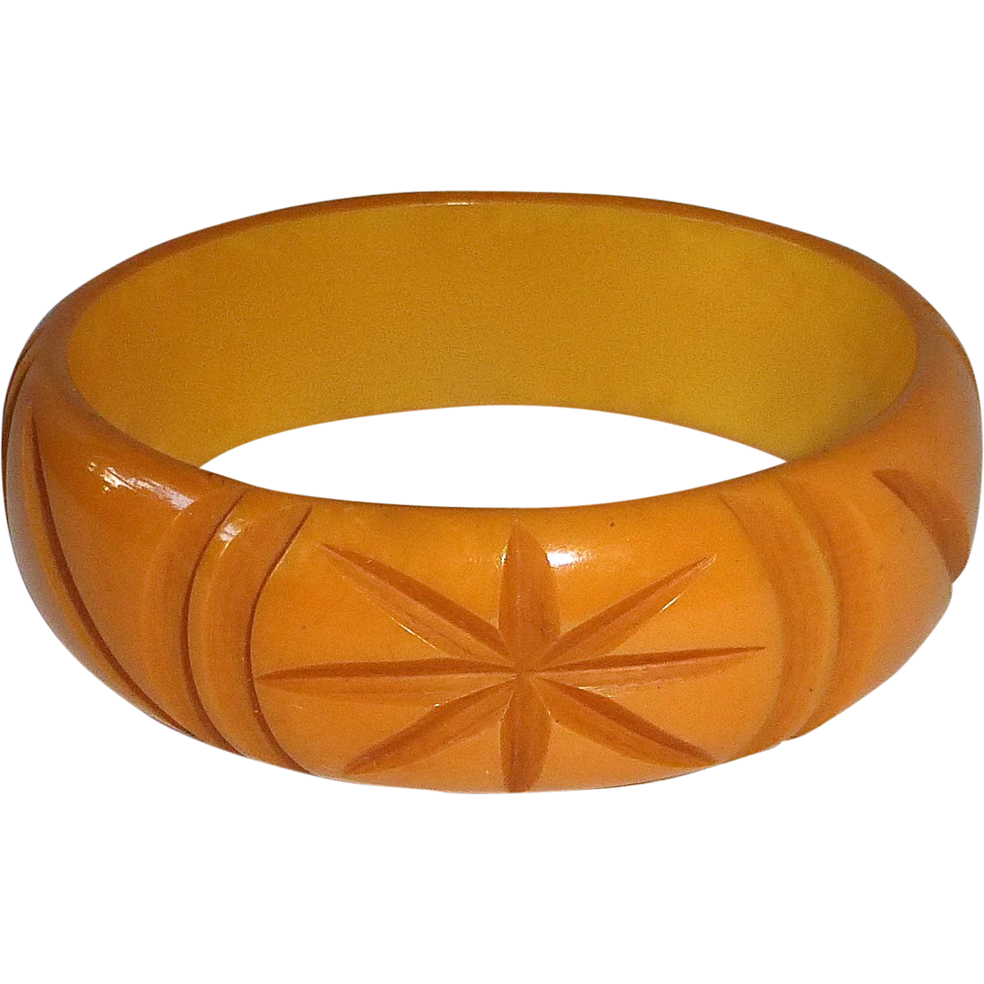 Butterscotch Bakelite Carved Stars Bangle Bracelet