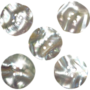 Set 5 Luminous Rippled Mother of Pearl Buttons