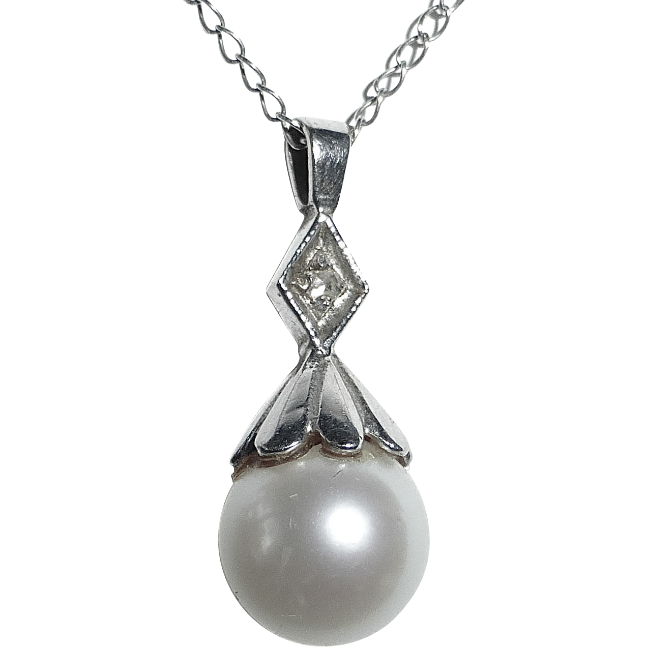 14k White Gold Diamond Capped Cultured Pearl & Chain