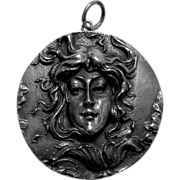 Henryk Winograd 999 Repousse Silver Cameo Maiden Pendant