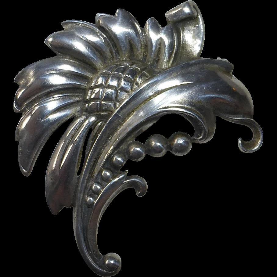 Viking Craft Sterling Daisy Flower Pin