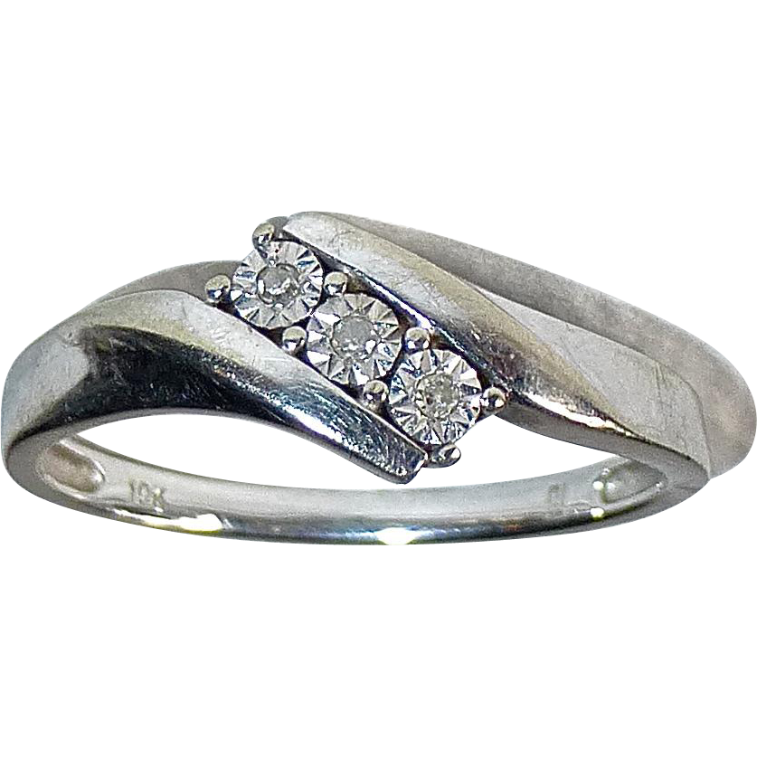 10k White Gold Bypass Ring 3 Small Diamonds