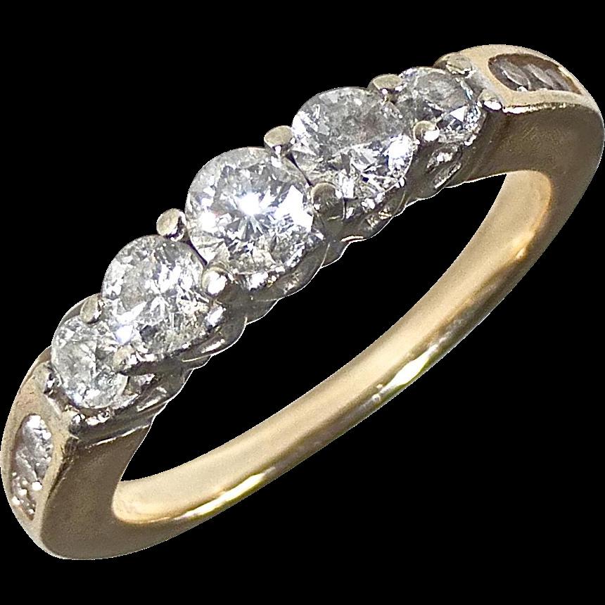 14k Ring 5 Graduated Diamond Band